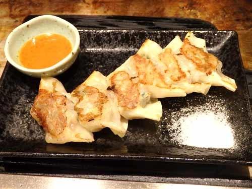 08鉄板焼き餃子