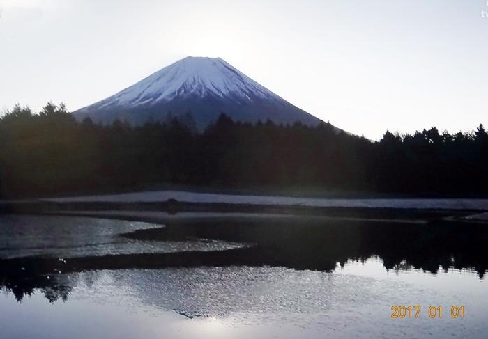 DSC07777湖からの富士山