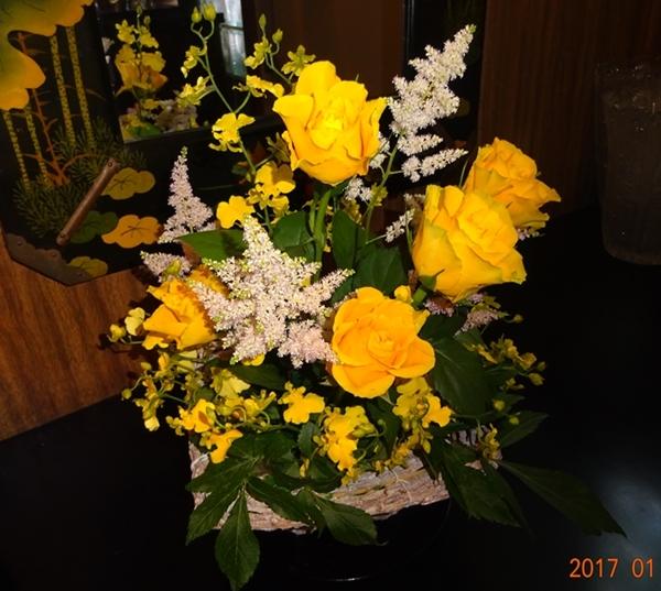 DSC07979黄色のバラ