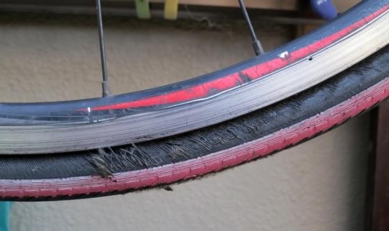 自転車タイヤ消耗側面