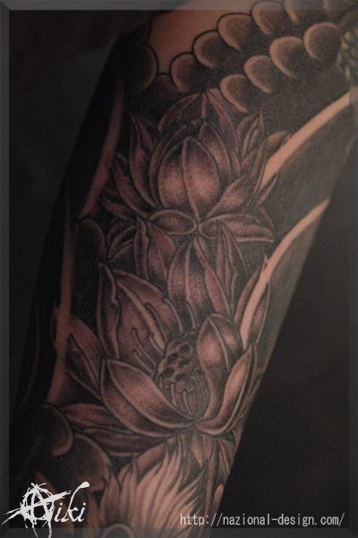 20161111 名古屋 新栄 栄 大須 tattoo タトゥー スタジオ NazionalDesign ピアス ピアッシング ボディピアス 和彫り ハス 蓮 脇 腕