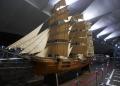 大桟橋ホールの展示「帆船北米丸」