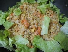 鮭とレタスのオイスターソース炒飯 調理⑥