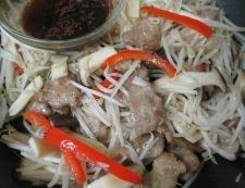 エリンギもやしと豚肉の七味ポン酢炒め 調理⑤
