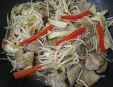 エリンギもやしと豚肉の七味ポン酢炒め 調理⑥