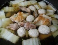 白菜と鶏三昧の煮物 調理④