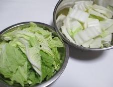 白菜と鶏三昧の煮物 【下準備】②