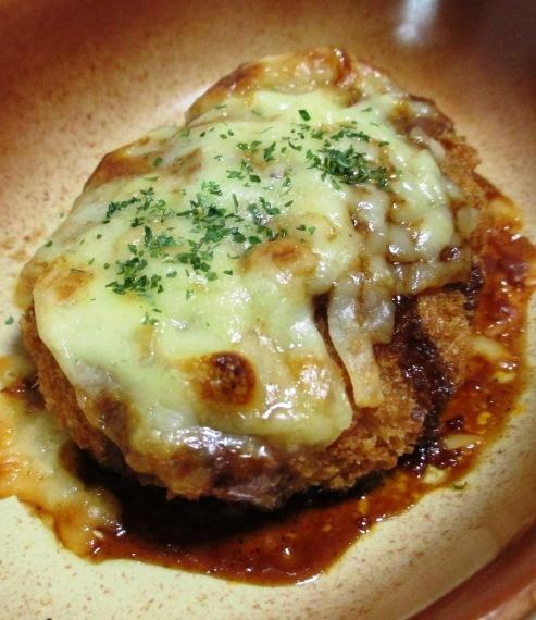 コロッケのソースチーズ焼き B