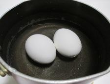 ブロッコリーと卵のサラダ 【下準備】①