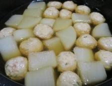 大根と鶏だんごの煮物 調理③