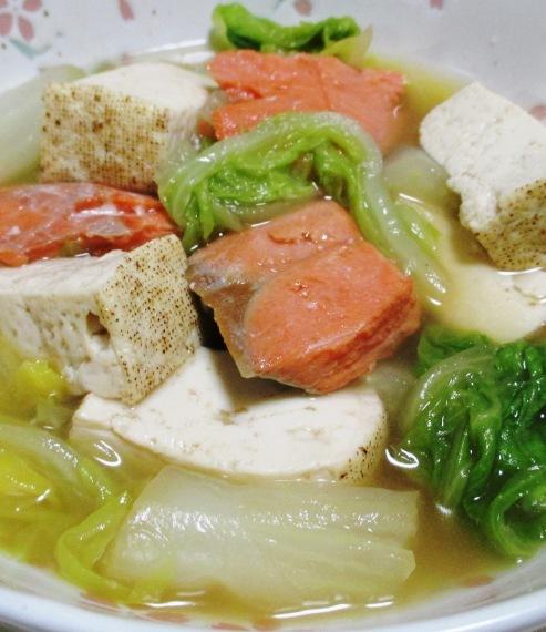 甘塩鮭と白菜の煮物 拡大