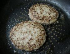 トマトソース ハンバーグ 調理①
