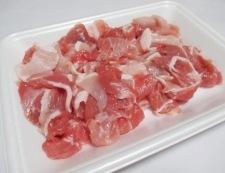 豚こまと玉ねぎの七味甘辛炒め 材料①