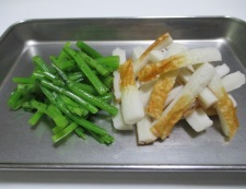 春菊の胡麻炒め 調理②