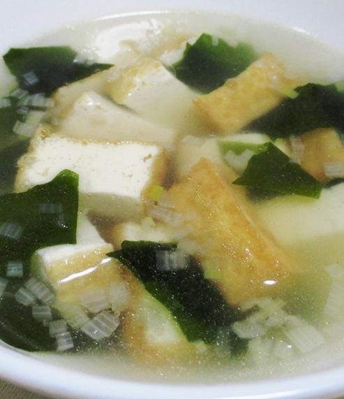厚揚げとわかめのスープ B