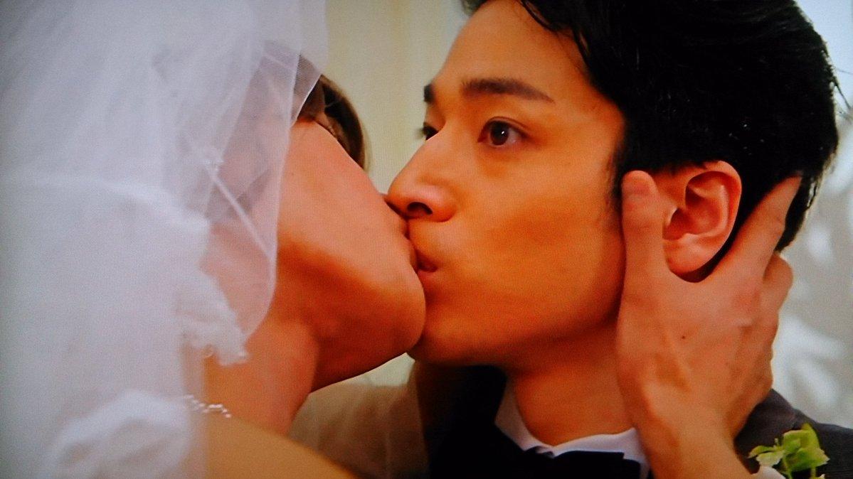 【衝撃画像】KAT-TUN上田竜也と福田悠太(ふぉ〜ゆ〜)が『視覚探偵 日暮旅人』でキス!