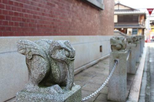 0019:西本願寺伝道院 妖怪石像②