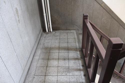 0184:新井ビル 螺旋階段③
