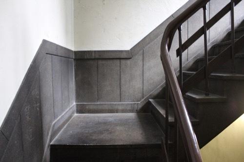 0184:新井ビル 裏側の階段④