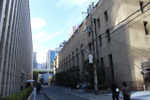 0194:三井住友銀行大阪本店 南側外観①