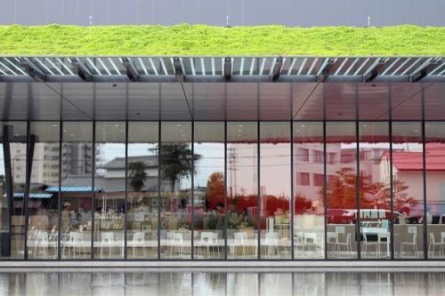 0205:ヤンマーミュージアム ガラスファサード