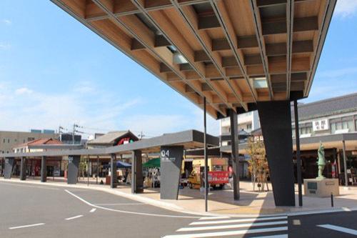 0206:オルパーク 駅前広場①