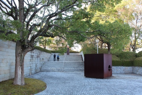 0208:三重県立美術館 階段