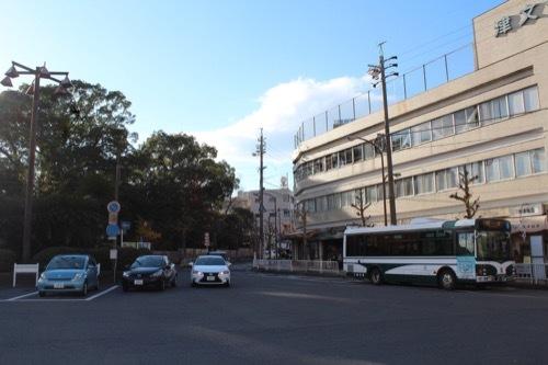 0208:三重県立美術館 津駅からの道