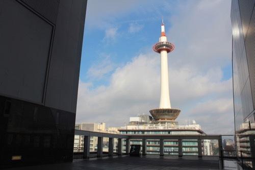 0211:JR京都駅ビル 烏丸小路広場②