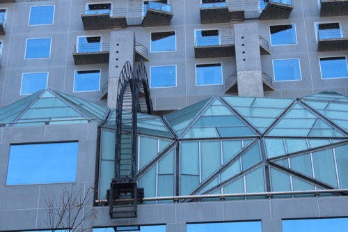 0211:JR京都駅ビル メンテナンス用の梯子