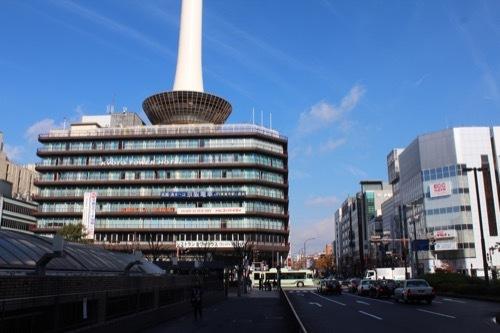 0212:京都タワー 京都駅ビル側から