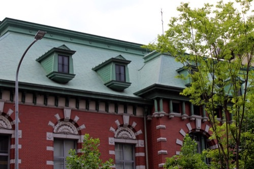 0218:みずほ銀行京都中央 屋根拡大