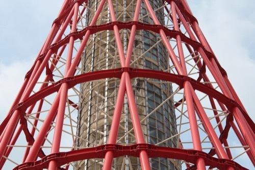 0223: 神戸ポートタワー 鋼管のデザイン②