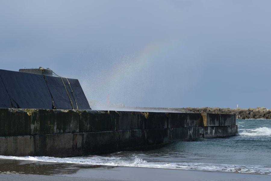 冬の晴れ間 突堤-6
