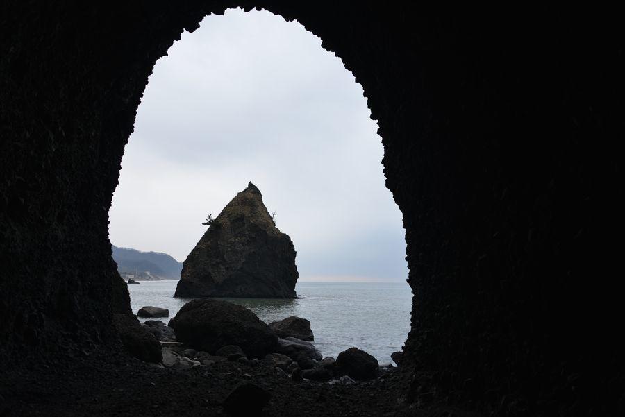 凪の立岩-4