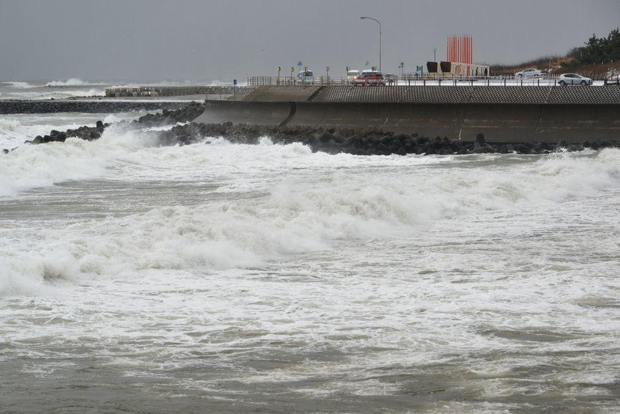 強風波浪注意報-1