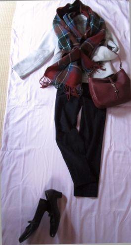 真冬の外出着 ストールとバッグ (1)