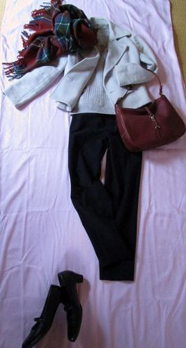 真冬の外出着 ストールとバッグ (2)