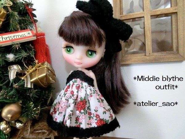 ミディブライス◆クリスマスの花◇白ドレス 1