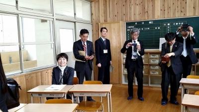 ④篠栗中学校-視察の様子