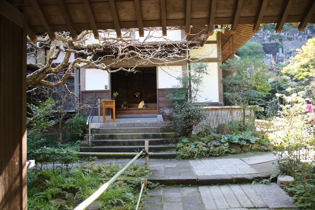 山門と玄関の様子_5