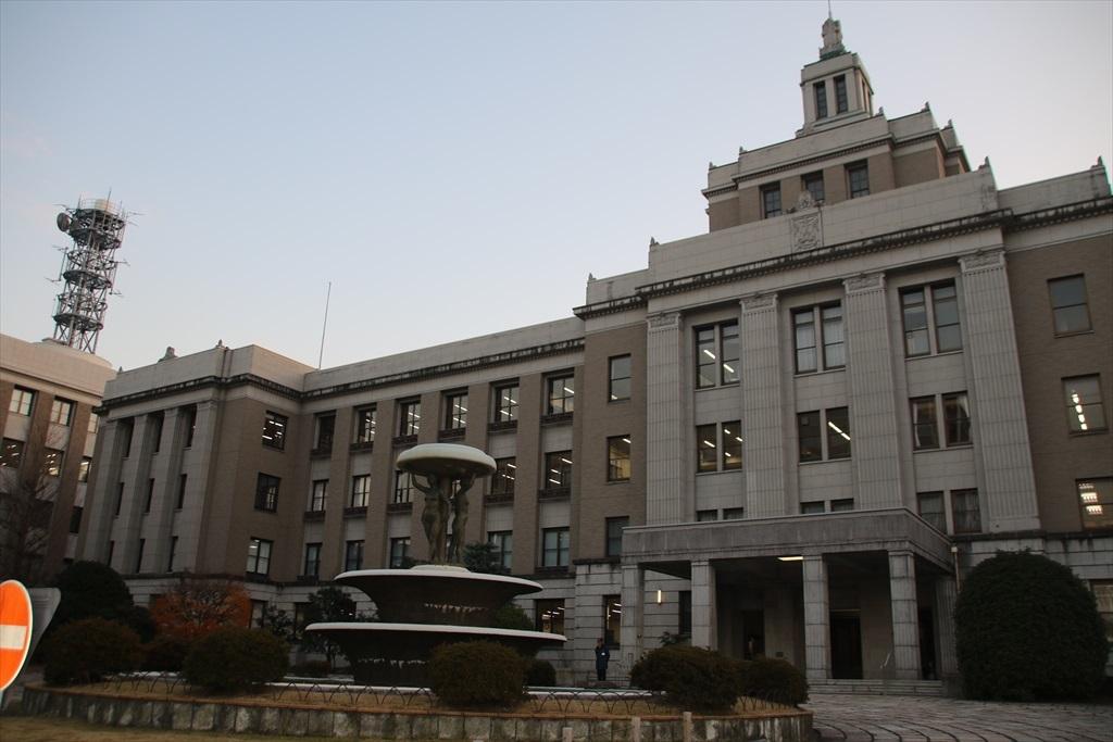滋賀県庁_2