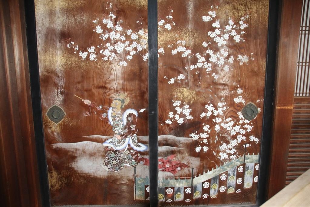 東側にある杉戸に描かれていた画