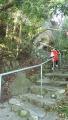 161231淡島神社へ激坂の階段を上って行く