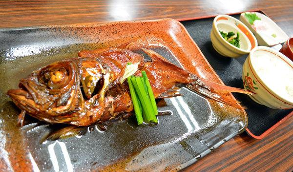金目鯛煮つけ定食