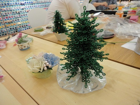 20mビーズのクリスマスツリー②