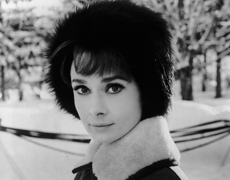 54bb95be7a867_-_hbz-the-list-snowbunnies-06-audrey-hepburn-1963.jpg