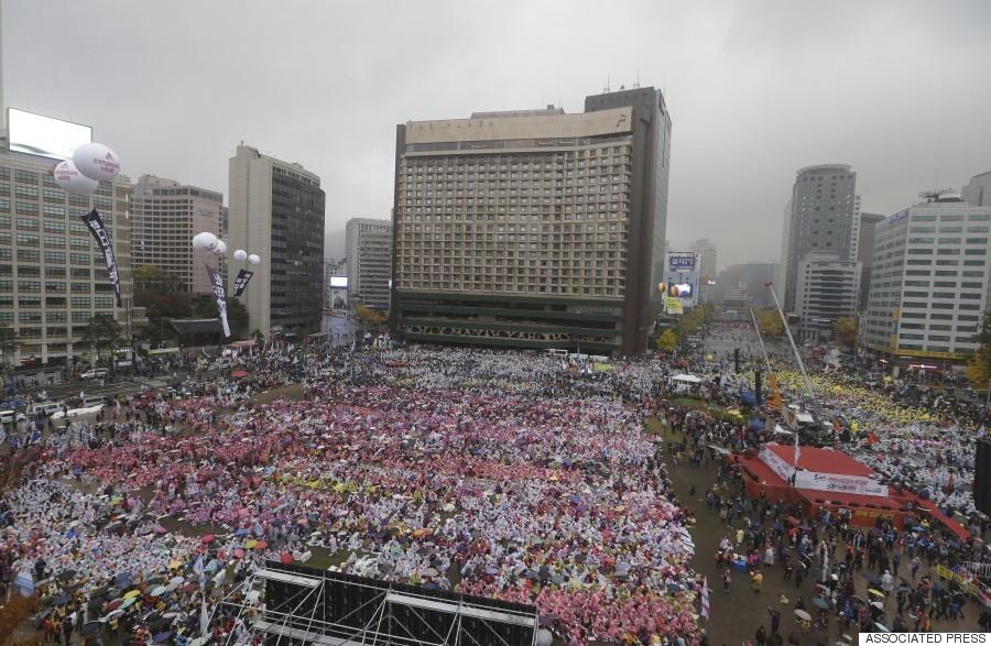 10万人デモ