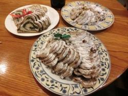 ドイツのクリスマスのパン:シュトーレン