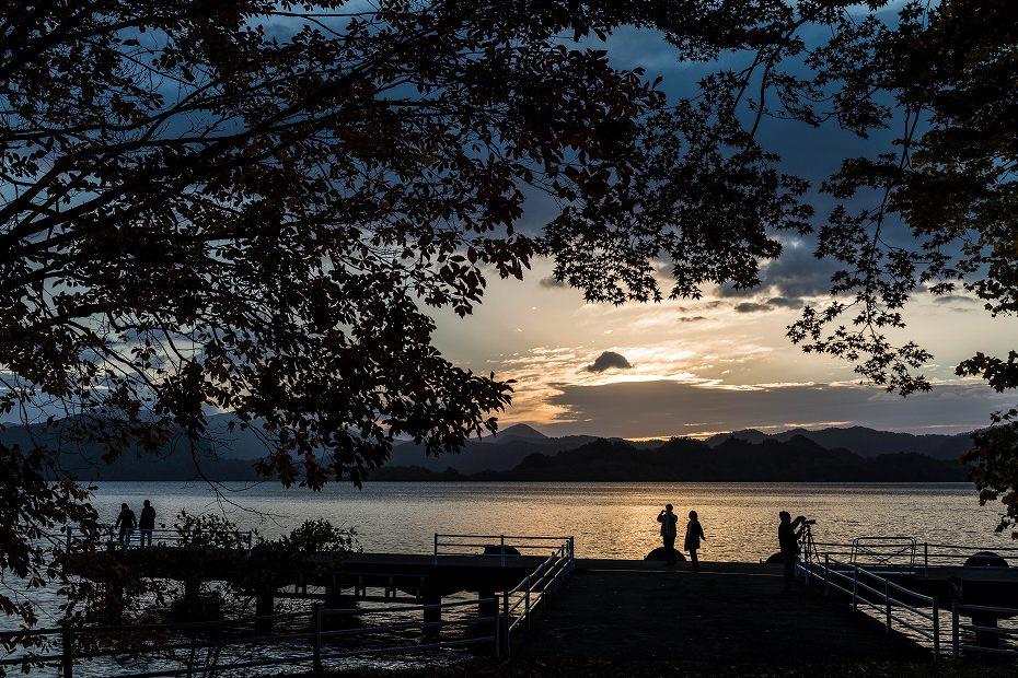 2016.10.28十和田湖の朝景4